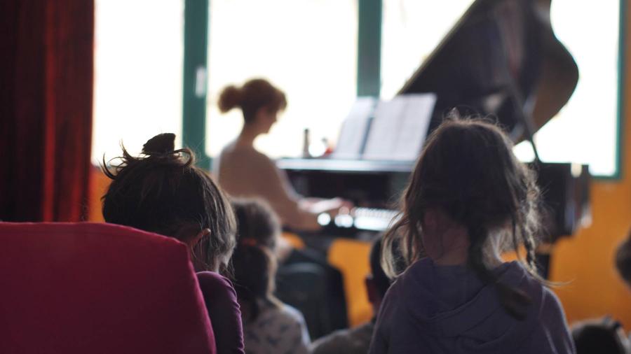 muzike. family conceρts συναυλία experimental piano